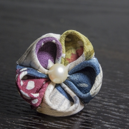 Blueberry and Pearl Lapel Pin