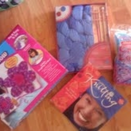 LOT OF BRAND NEW SEALED KNITTING PROJECT KITS, FREE SHIPPING