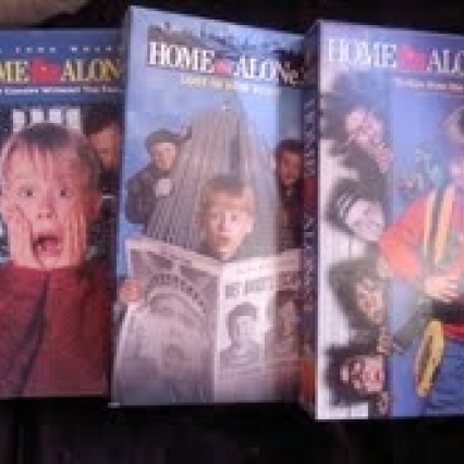 HOME ALONE LOT OF 3 VHS MOVIES, WORK PERFECT! NO BUYER FEES AND FREE SHIPPING