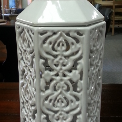 White Hexagonal Candle Lantern w/Lid