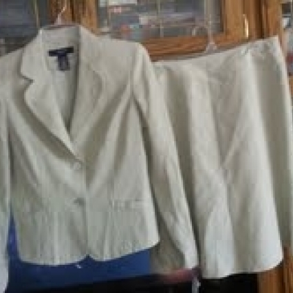 Jones wear suit, size 8/10