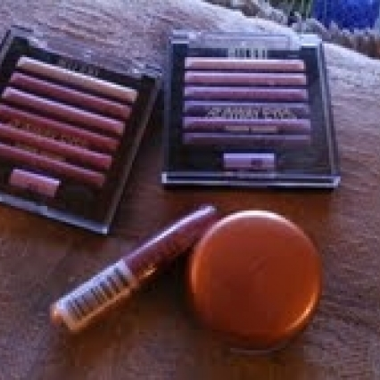 LOT 4 MILANI MAKEUP PRODUCTS, BODY BRONZER, LIPGLOSS, COUTURE EYESHADOWS, ALL BRAND NEW! SHIPS FREE!