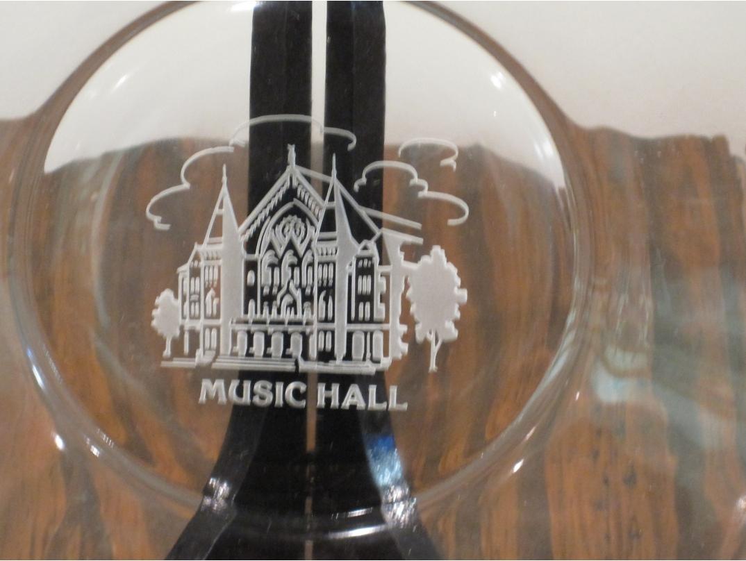 Home DecorCincinnati Music hall glass Plate