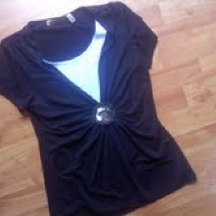 Women's Top, Notations size medium
