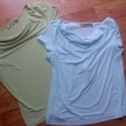 Women's tops, size medium, lot of 2