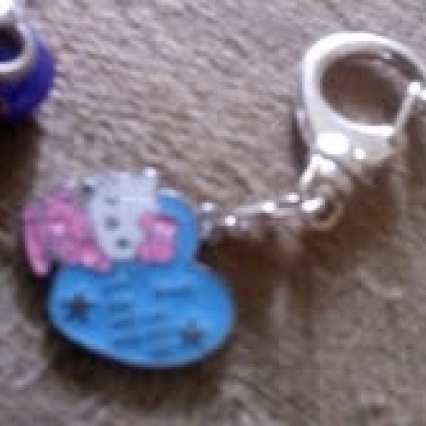 2 BRAND NEW HELLO KITTY KEY CHAINS, FREE SHIPPING